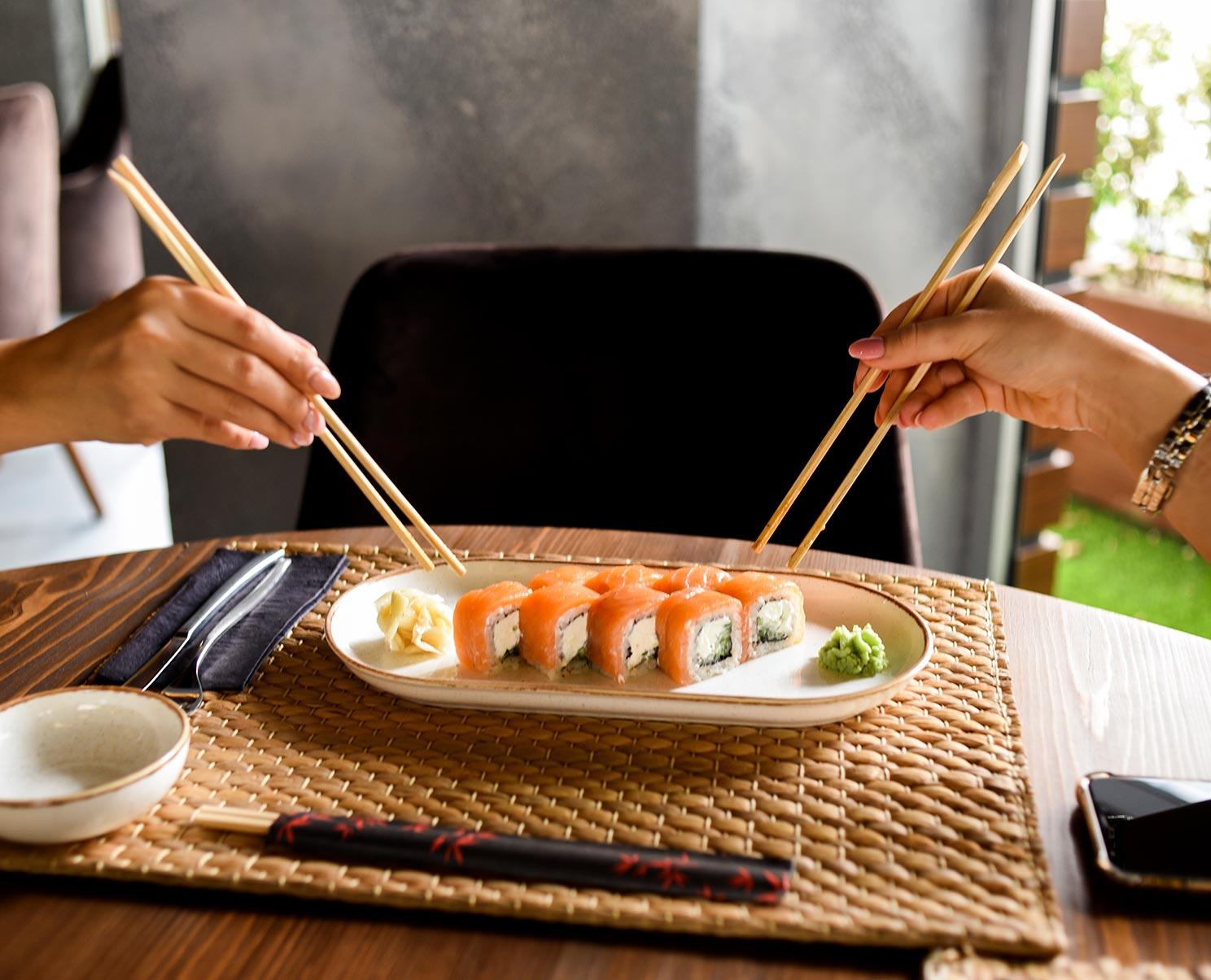 samourai-sushis-pexels-elif-tekkaya-5616131